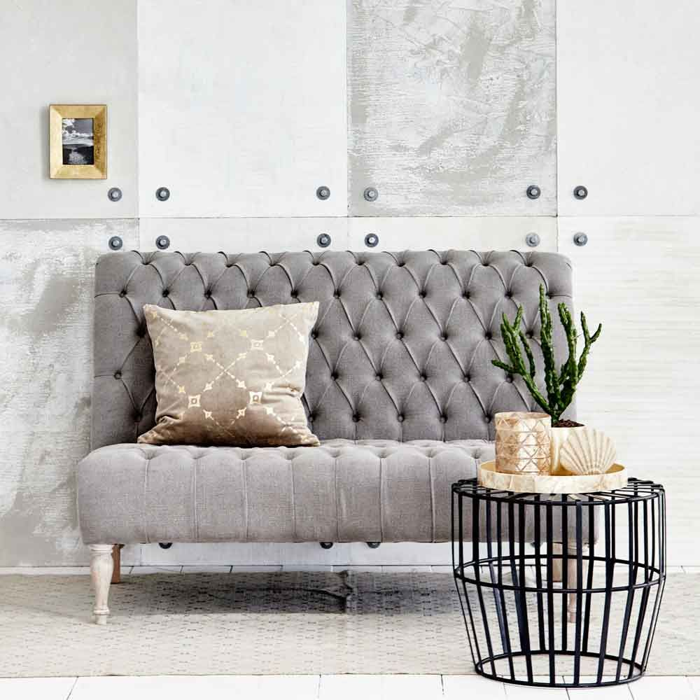 Graues Chesterfield-Sofa online bei milanari.com | Landhausmöbel ...