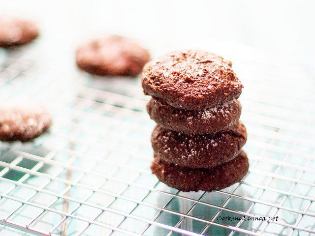 Wendy Polisi's Gluten Free Vegan Chocolate Quinoa CookiesThese Gluten Free Flourless Vegan Chocolate Quinoa Cookies from Wendi Polisi are delicious!