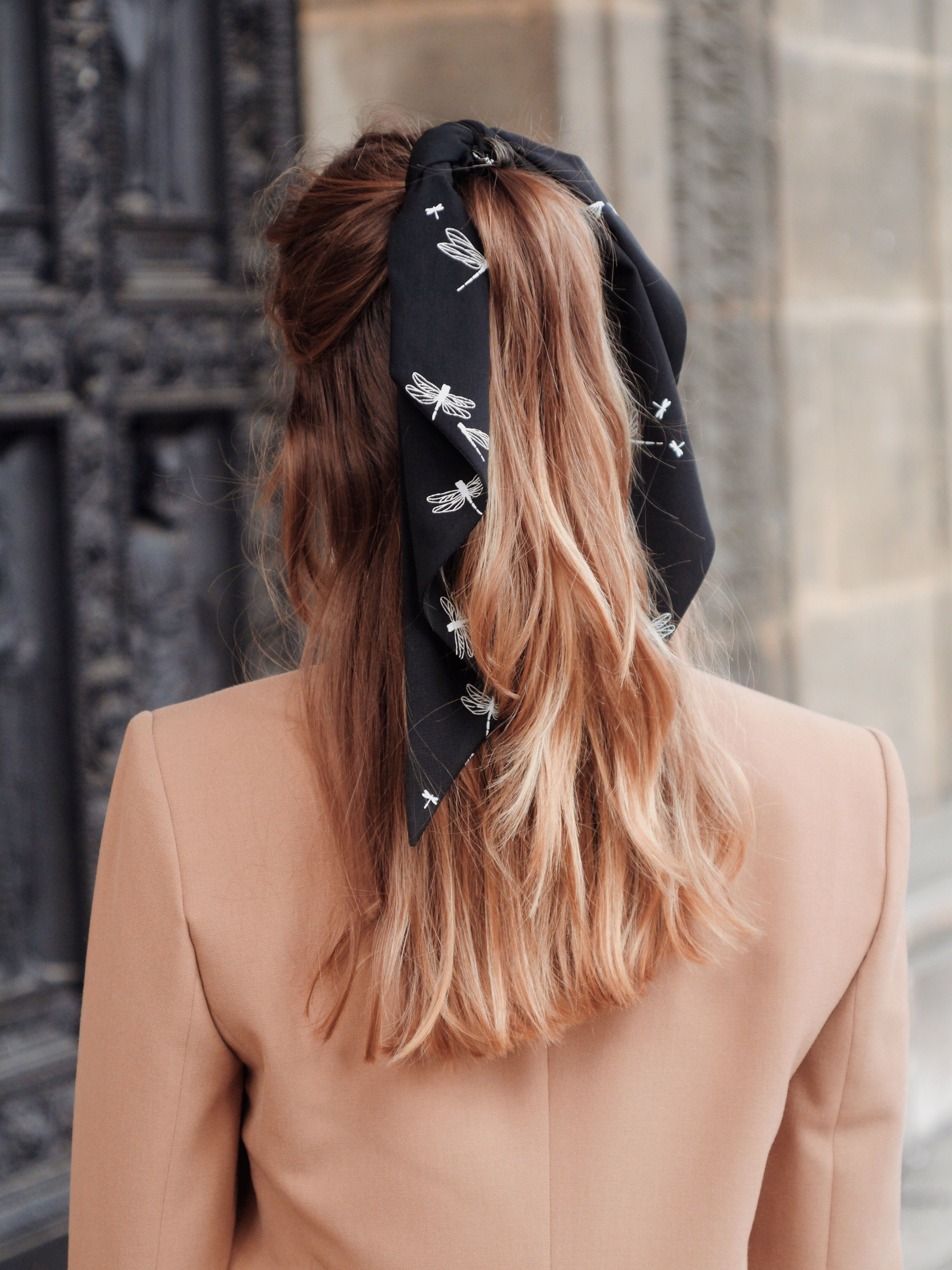 Foulchie Felicie Coiffure Avec Foulard Coiffure Cheveux Mi Long Coiffures Boho