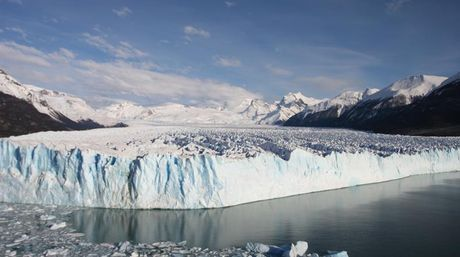 Se desmorona el gigante blanco de la Patagonia