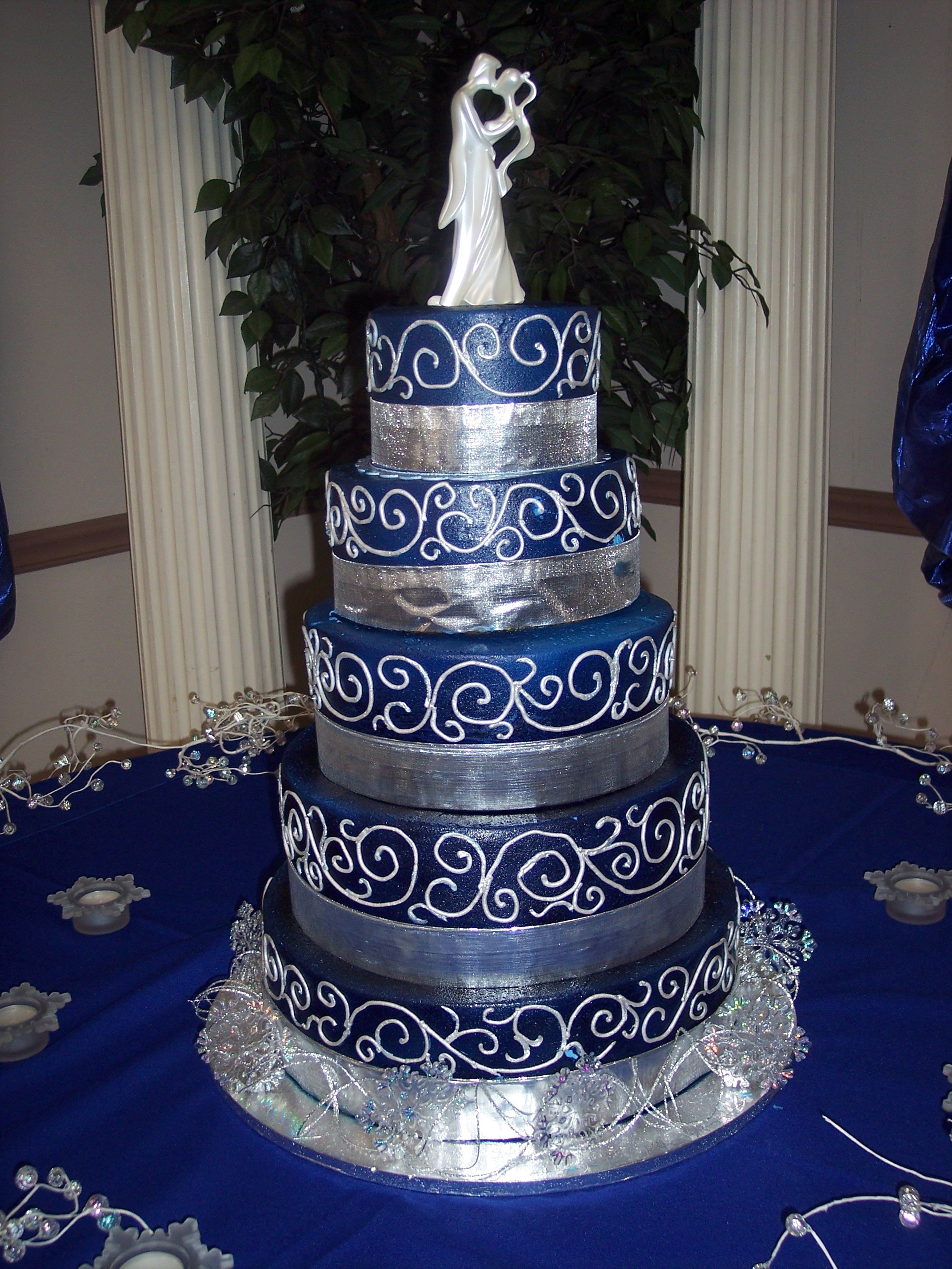 grey wedding cake ideas blue and silver dallas cowboys wedding 14984