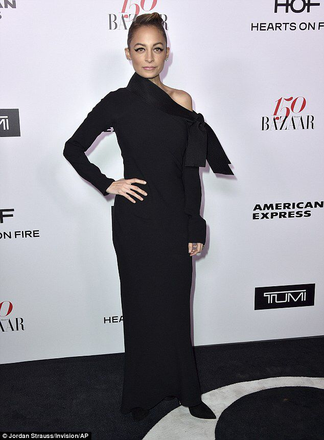 Nicole Richie Wows With Black Dress And Wild Flared Lashes