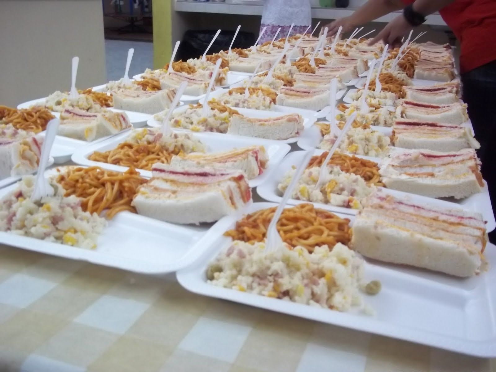comidas economicas para baby shower baby shower ideas for catering