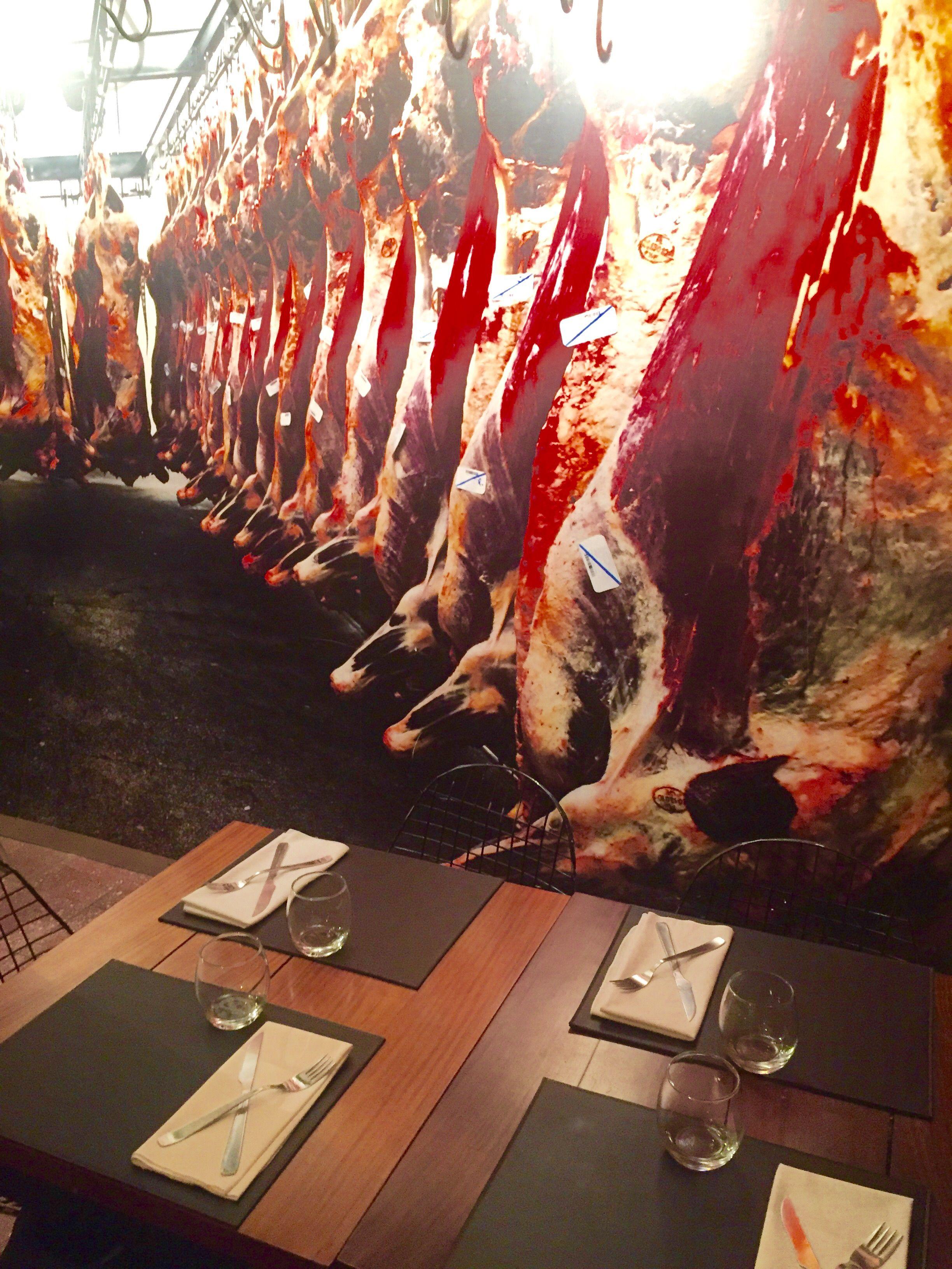 Pin De Su Cosabb En La Carniceria Resto Madera De Olivo Chorizo Carnicería