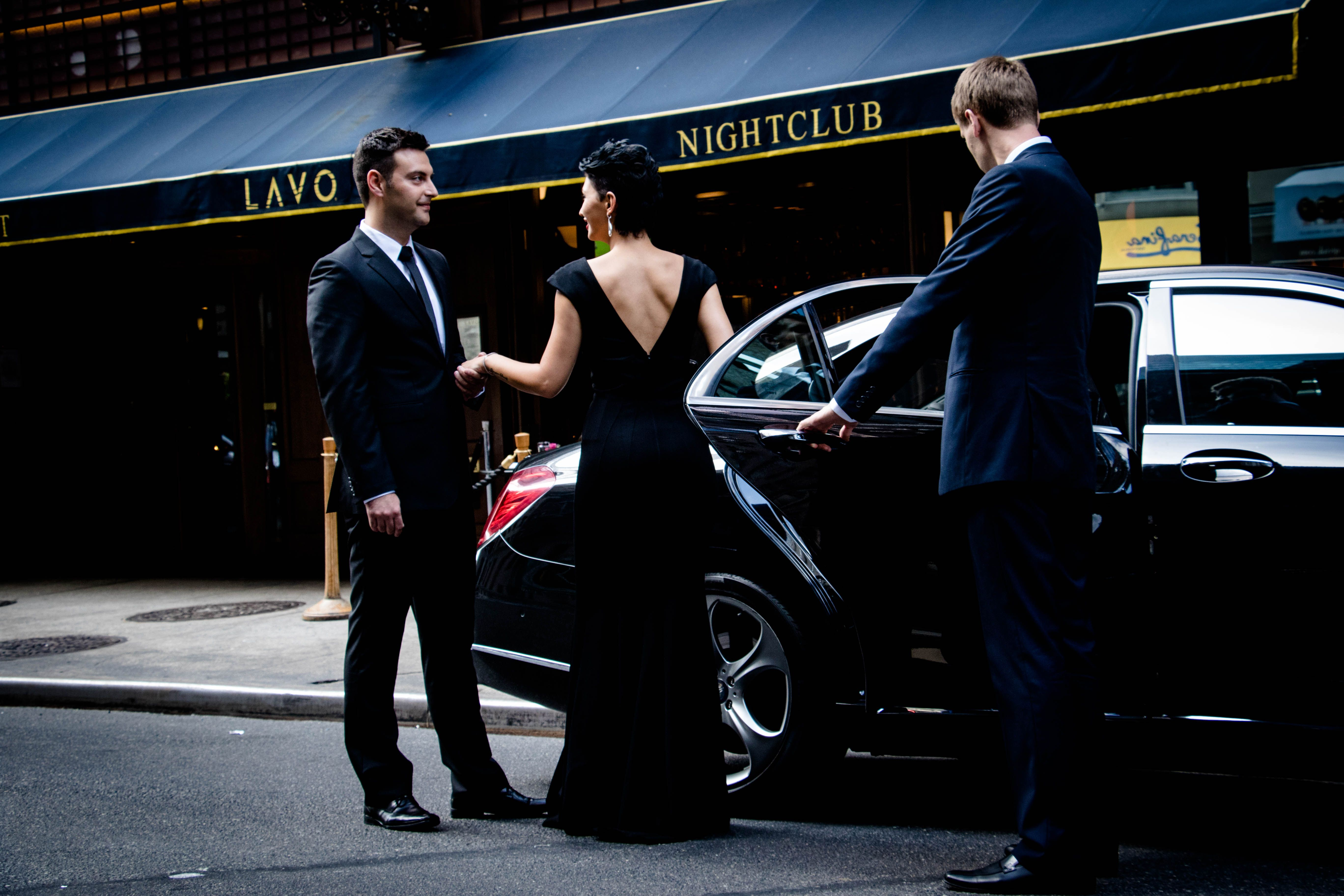 Cheap Limo Rentals In Long Island Ny Limo Rental Party Bus Rental Luxury Car Hire