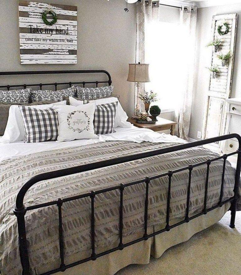 65 Cozy Rustic Bedroom Design Ideas: 44 Warm And Cozy Rustic Bedroom Decorating Ideas 13 In