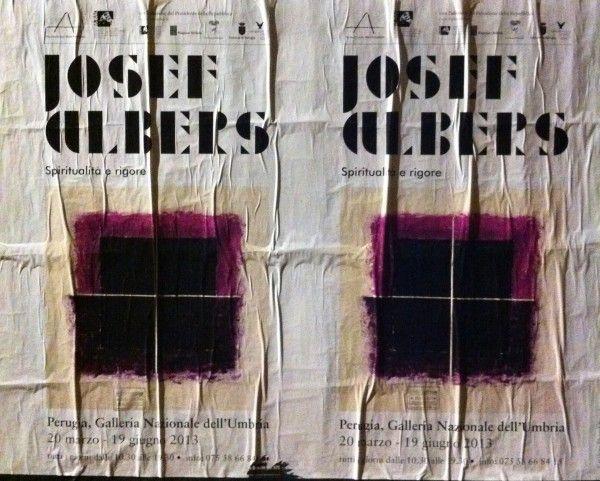 Ausstellungsplakat Josef Albers: Spiritualità e Rigore, gesehen in Perugia - Foto ©Welz
