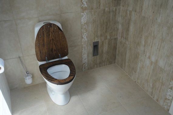 Man Cave Toilet : Must have for man cave sailor oak wood toilet seat rustic wooden