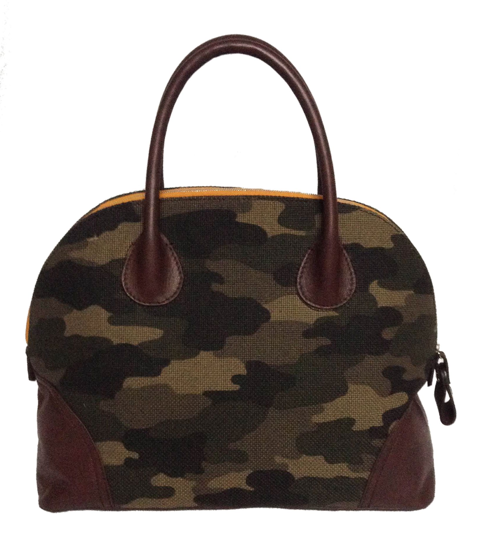 Hip Milano style with camouflage and brown leather