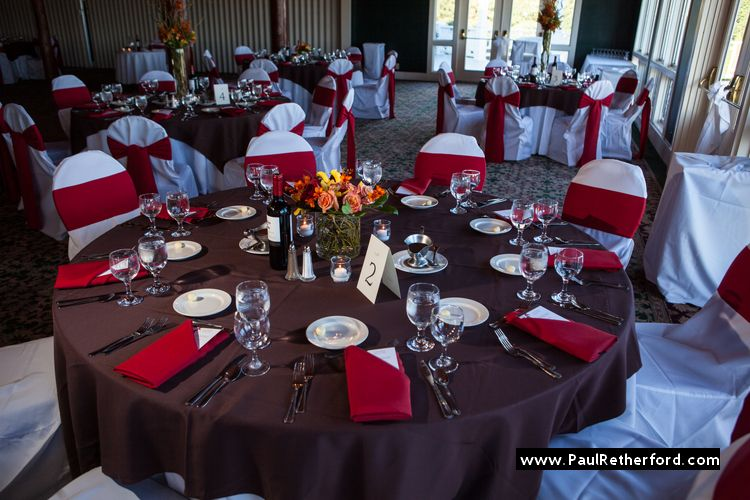 Le Red Wedding Color And Chocolate Brown Cypress Ballroom Mission Point Resort Mackinac Island