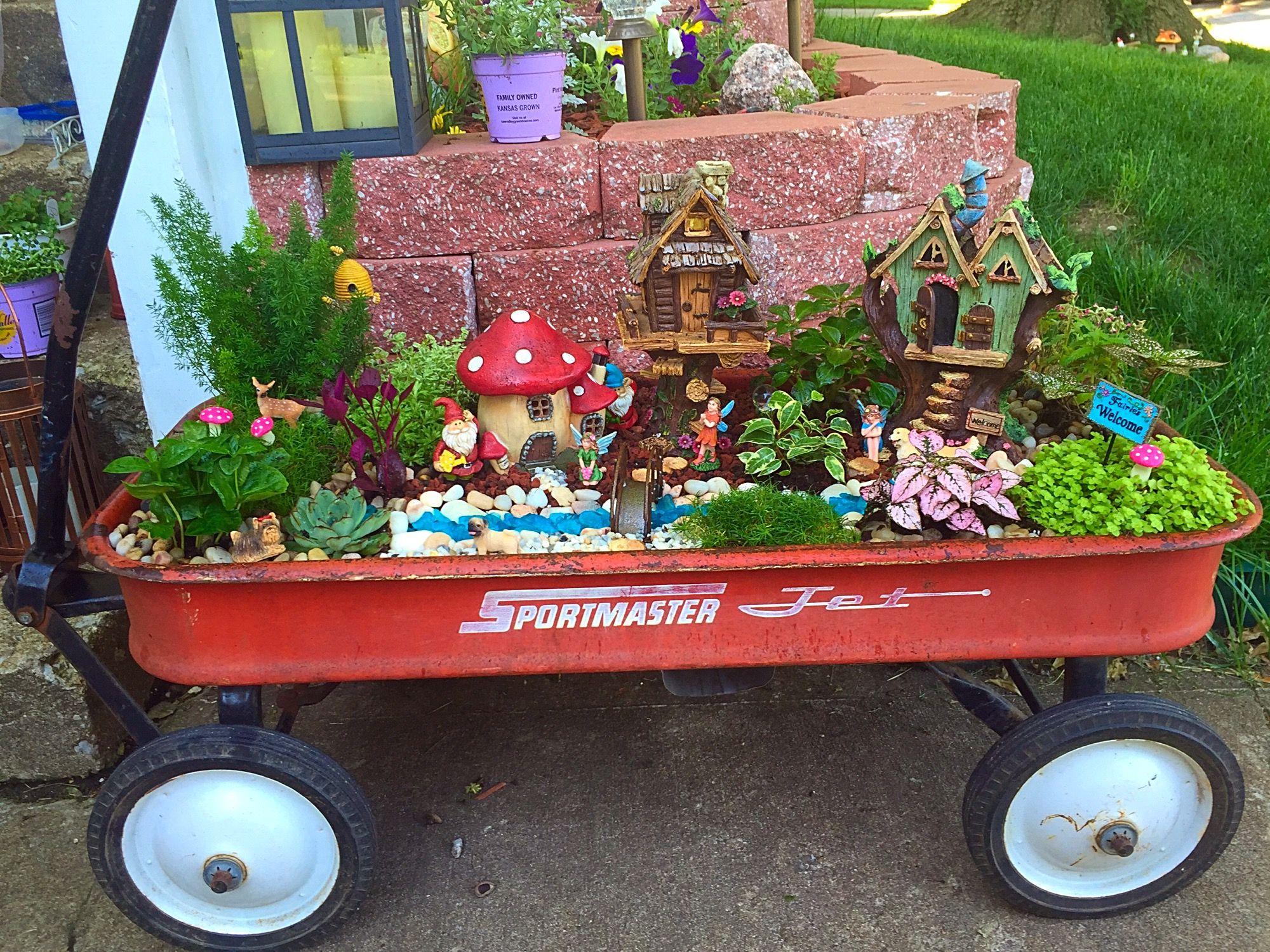35 Awesome DIY Fairy Garden Ideas & Tutorials | Fairies garden ...