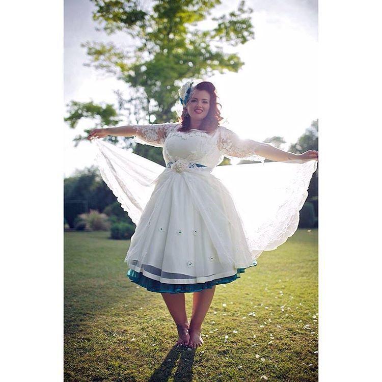 93cdf3aedb6b3 10 plus-size brides who said  No  to the traditional dress