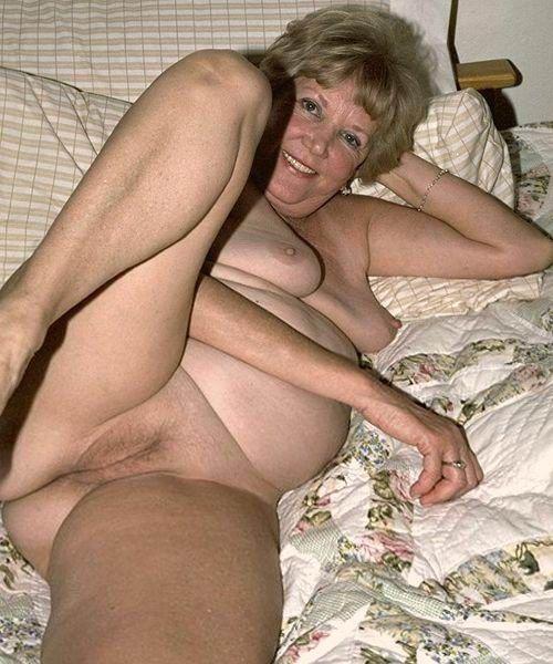 my tight pussy äldre damer med stora bröst
