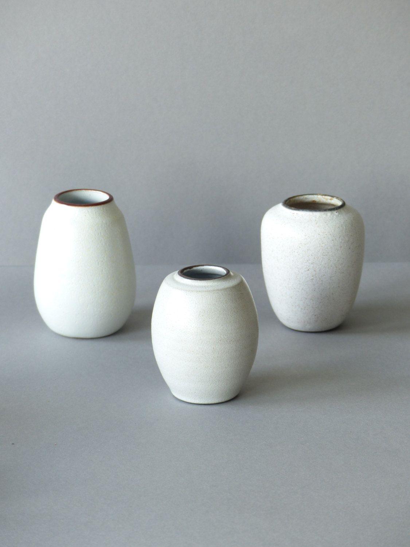 Wonderbaarlijk Set of 3 vintage mini vases, Dutch ceramics, white matte glaze JE-37