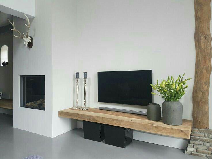 Houten Planken Muur Woonkamer.Houten Plank Mooi Als Tv Meubel Maar Waar Komt De Dvd Speler