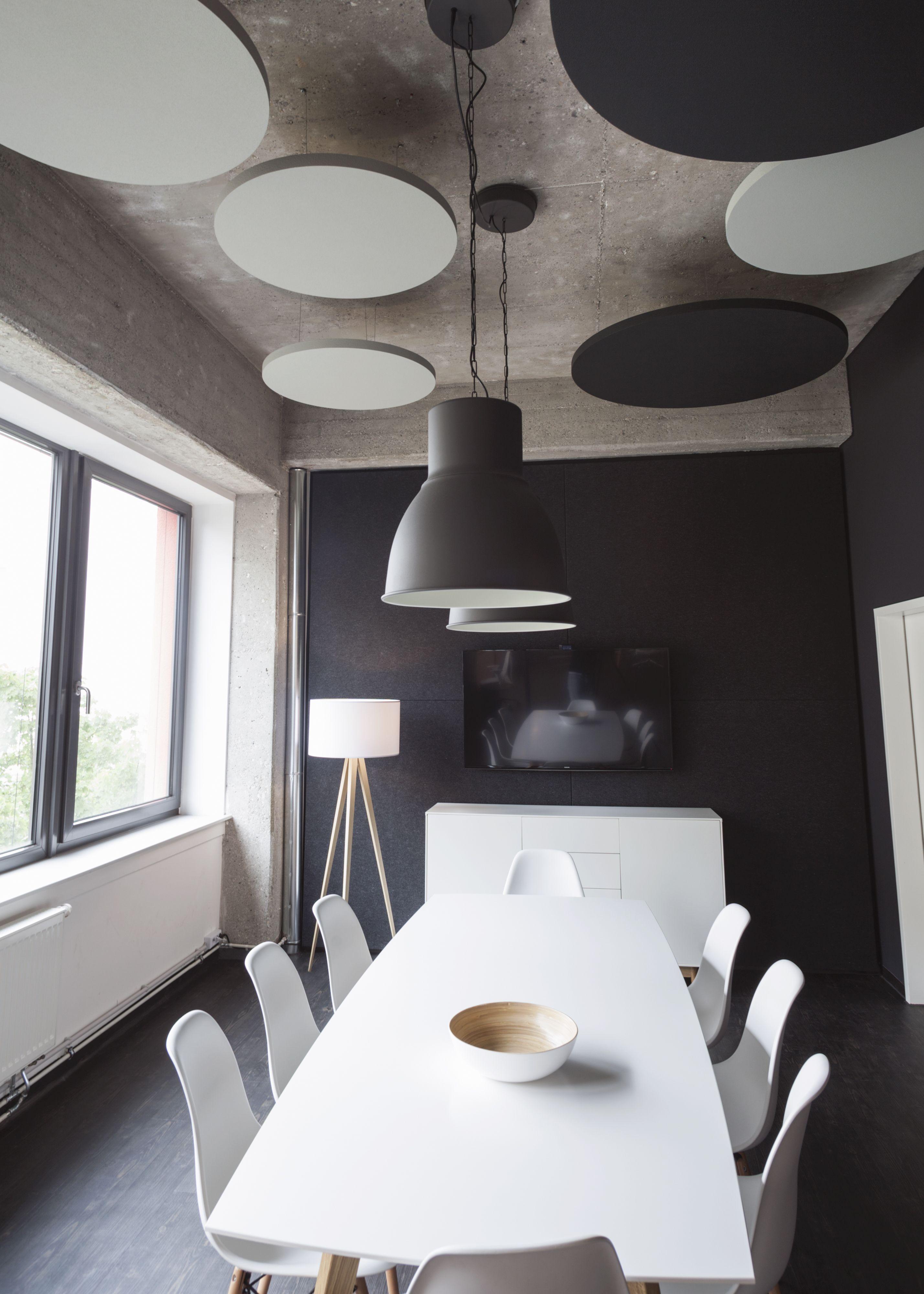 die decke bietet viel freie fl che f r abgeh ngte deckensegel und deckenabsorber viele farben. Black Bedroom Furniture Sets. Home Design Ideas