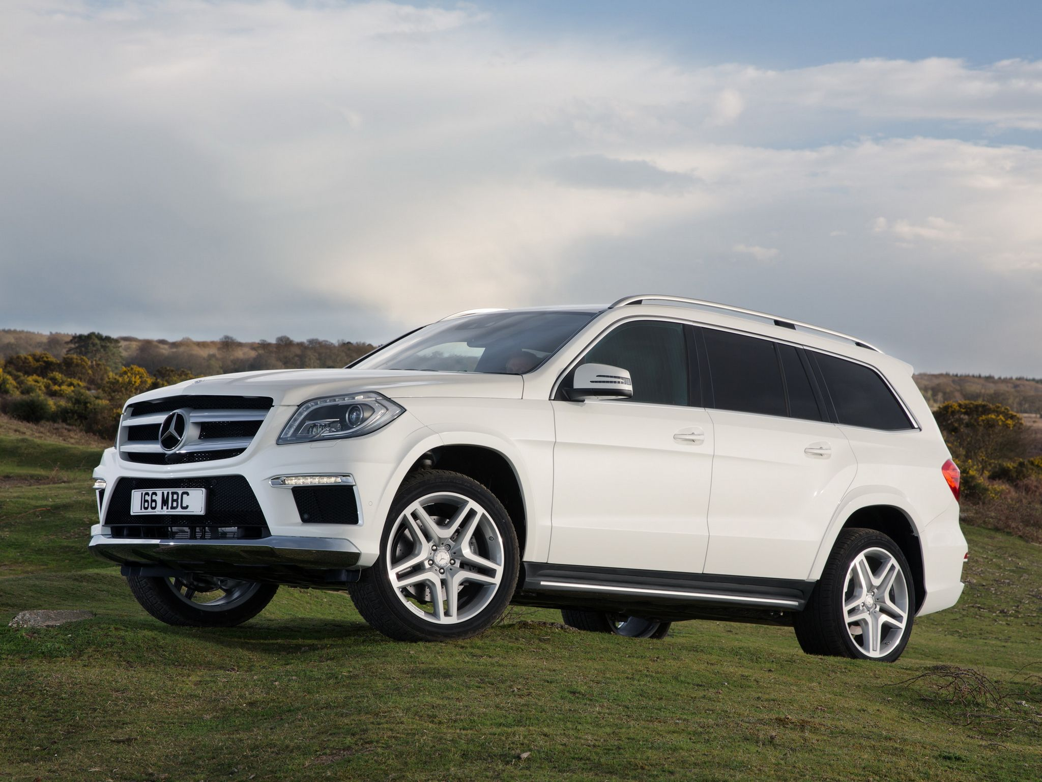 2013 mercedes benz gl 350 bluetec amg sports my dream. Black Bedroom Furniture Sets. Home Design Ideas