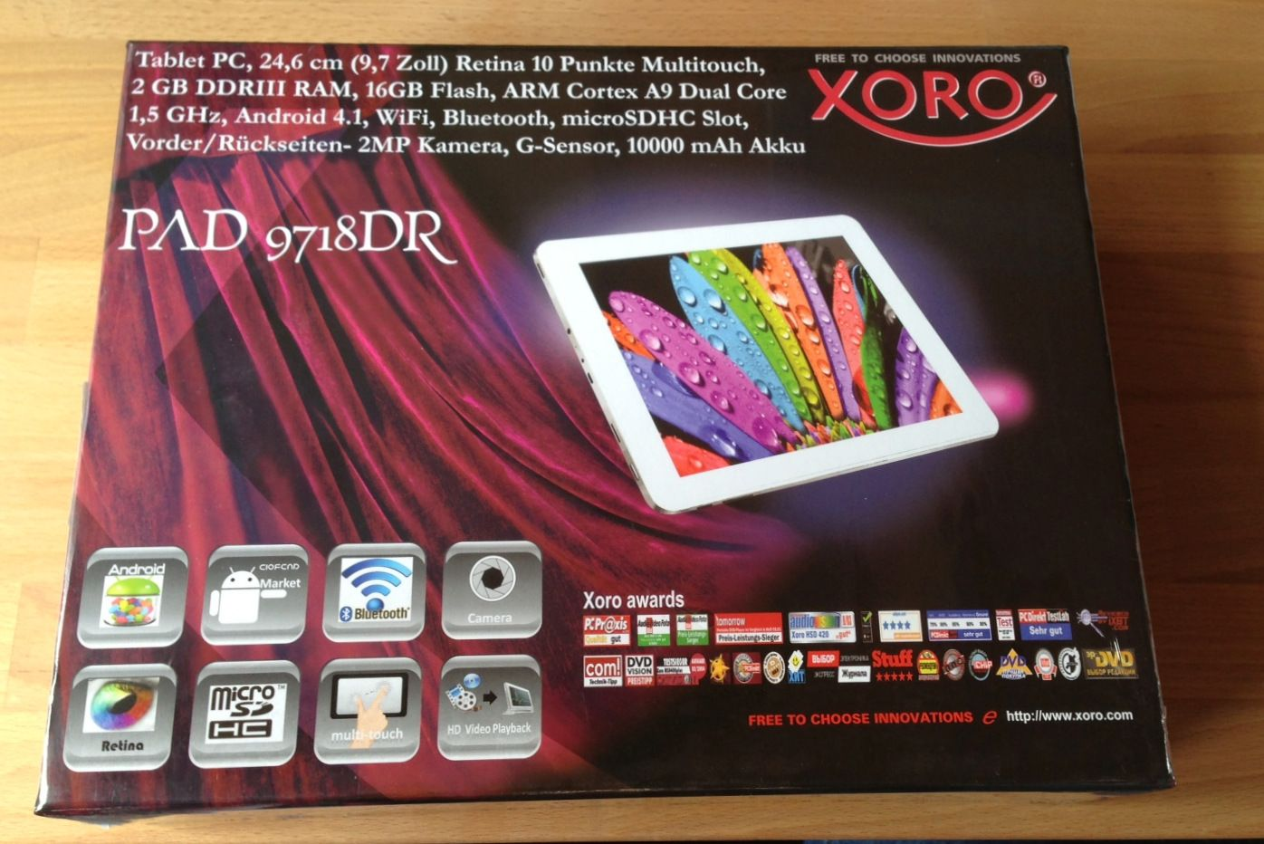 Xoro AndroidTablet mit Retina Display Punkte