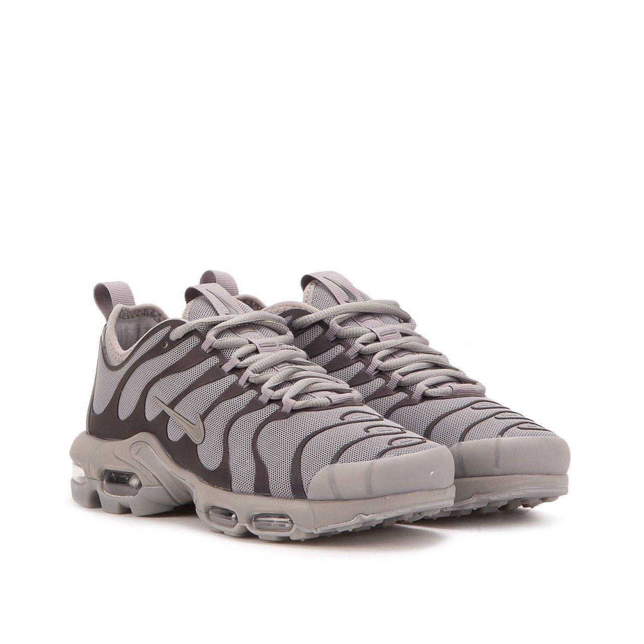 Nike WMNS Air Max Plus TN Ultra (Grau) | Footwear in 2019