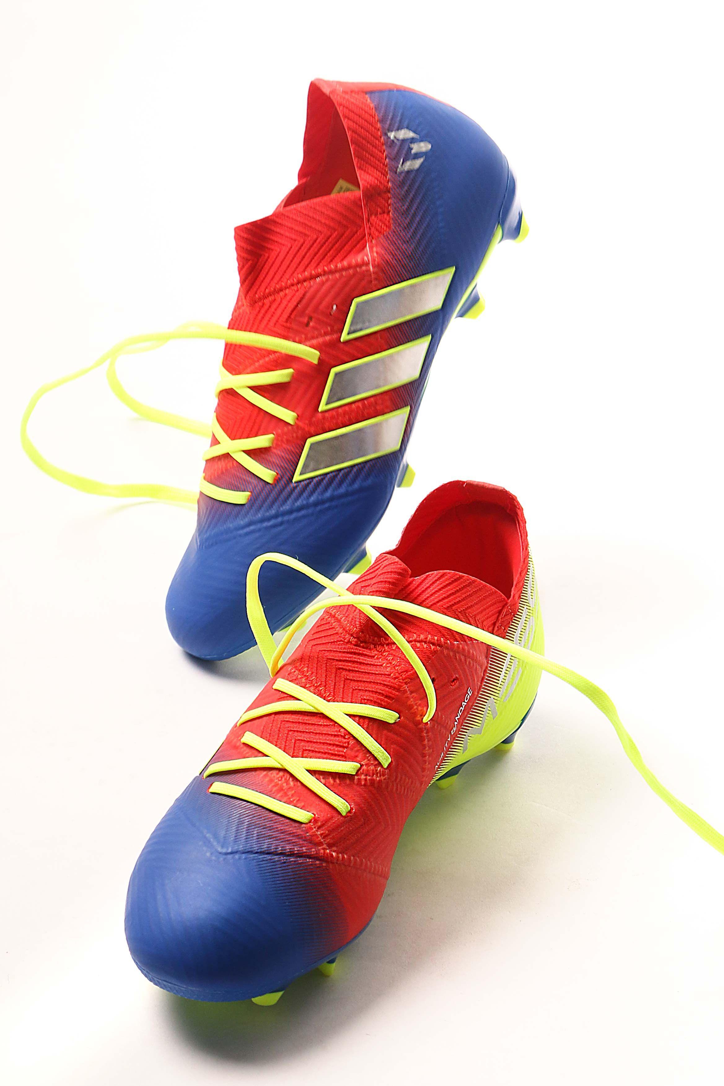 new arrival eaae6 731c7 Las botas y zapatillas de Messi para niños están en futbolmaniakids,