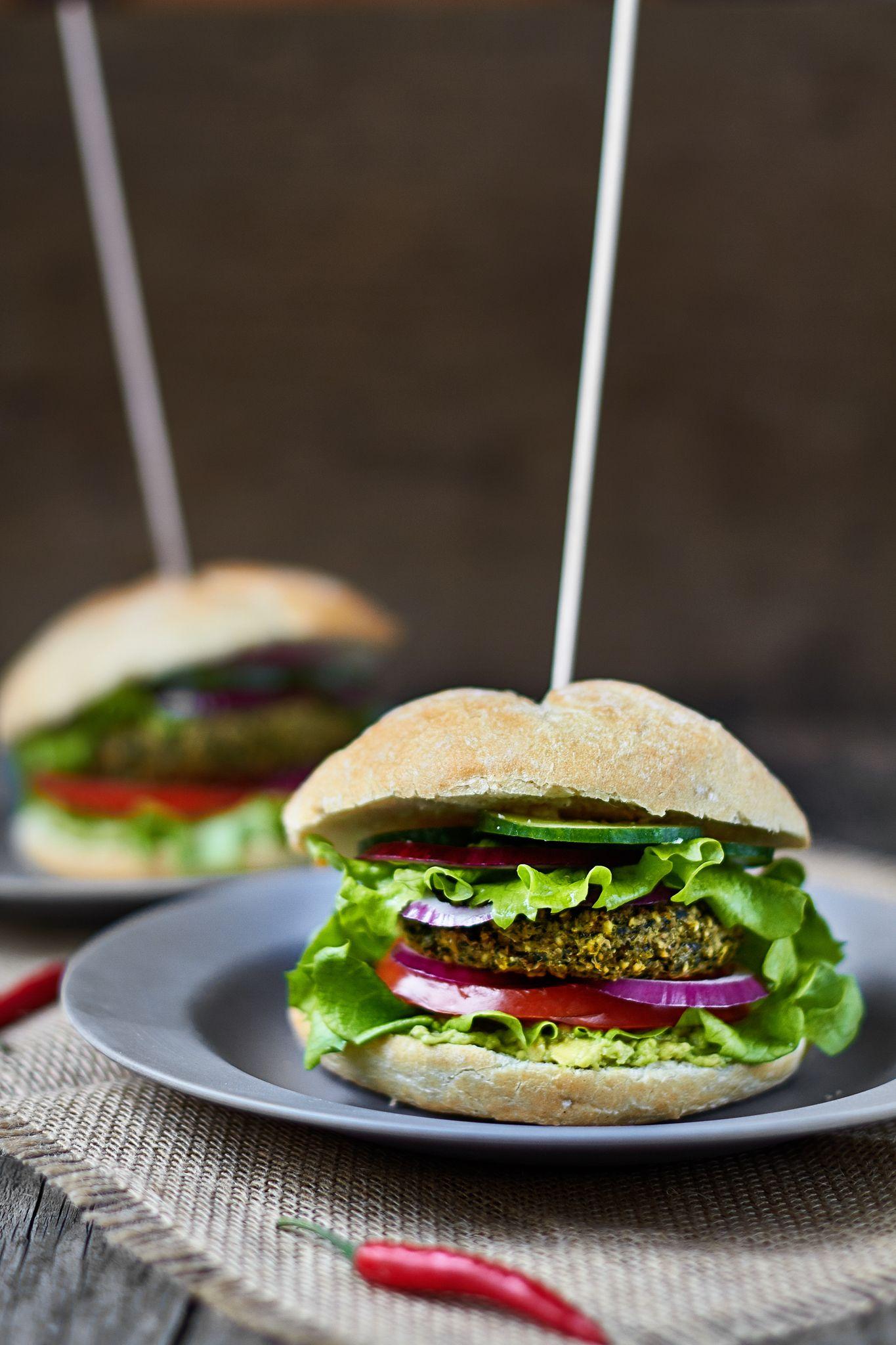 Hamburguesas de mijo y espinacas, ¡las más ricas del mundo! Receta de hamburguesa vegana, Receta vegana, Mejor receta de hamburguesa vegana sin gluten