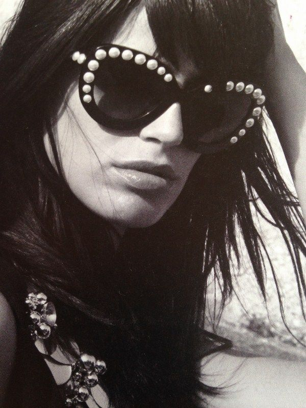 Chanel 2015 Chanel Clear And Pearl Iconic Runway Sunglasses 71096 Chanel Cateye Runway Sunglasses Sunglasses Chanel 2015