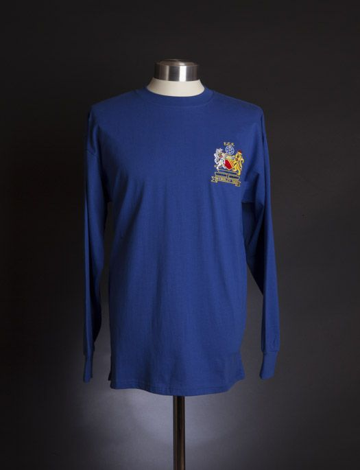 Manchester United 1968 European Cup Final shirt  f14cb6be74692
