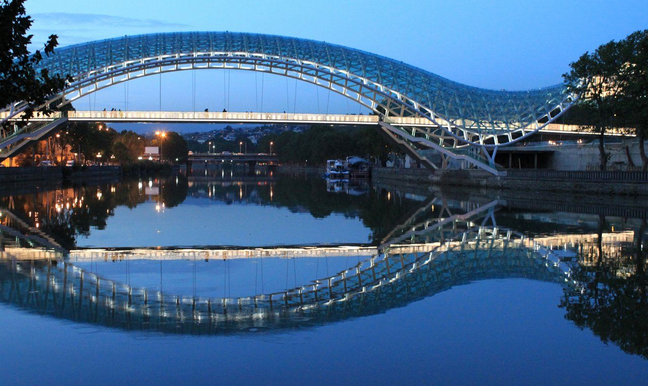 Made for Walking: The World's Most Aesthetic Footbridges ...