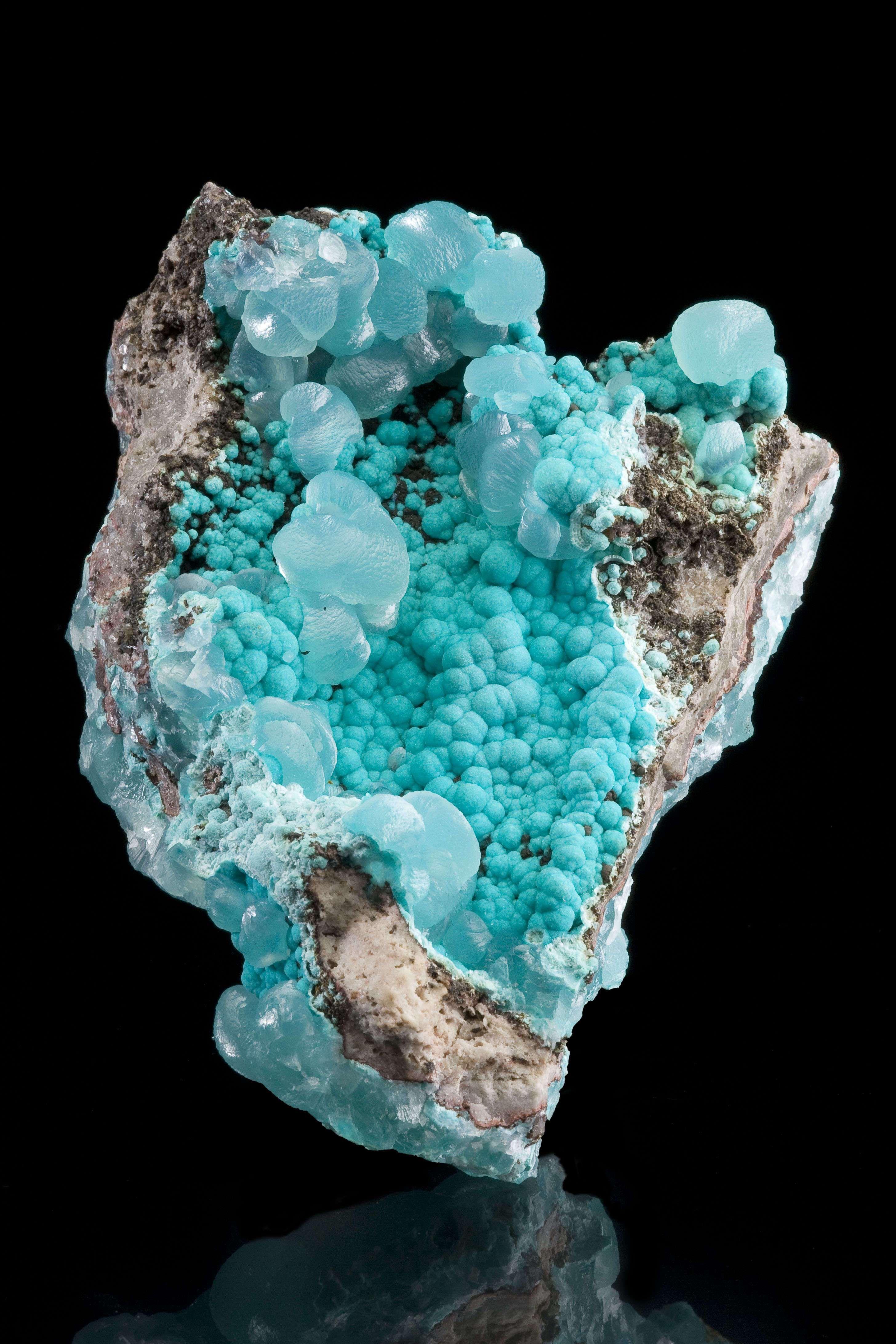 raw fluorite fluorite specimen polished stones Aqua blue fluorite Rocks minerals Big Natural Fluorite crystal in matrix from New Mexico