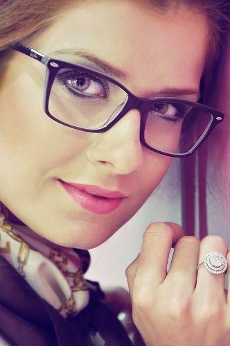 cbfda5c0a tendência óculos de grau feminino 2016 - Pesquisa Google | Glasses ...