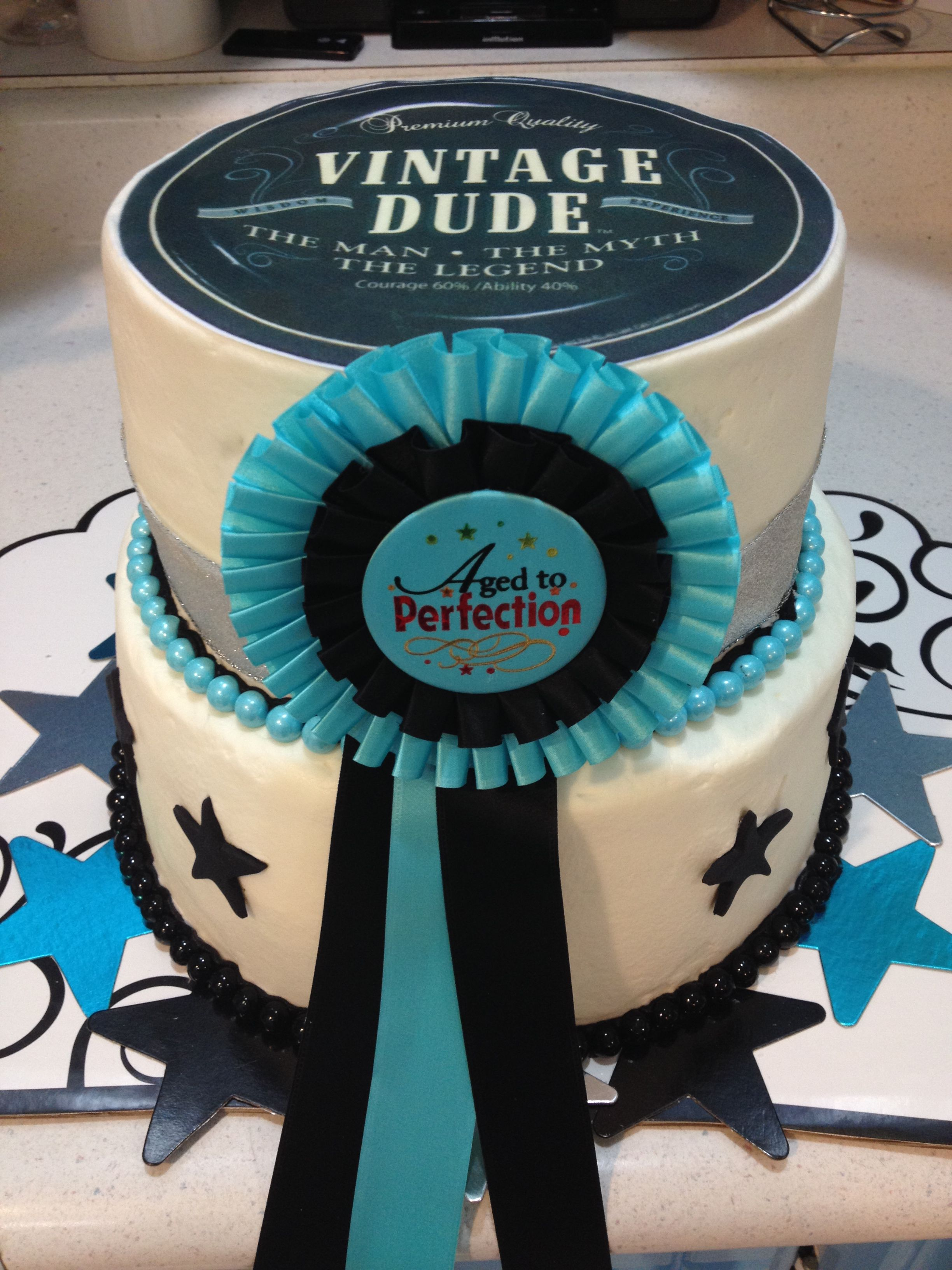 Vintage Dude Cake Cakes In 2019 40th Birthday Cake