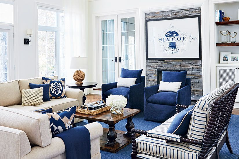 A refined rustic aesthetic gives this family cottage on Lake Simcoe its charm and personality