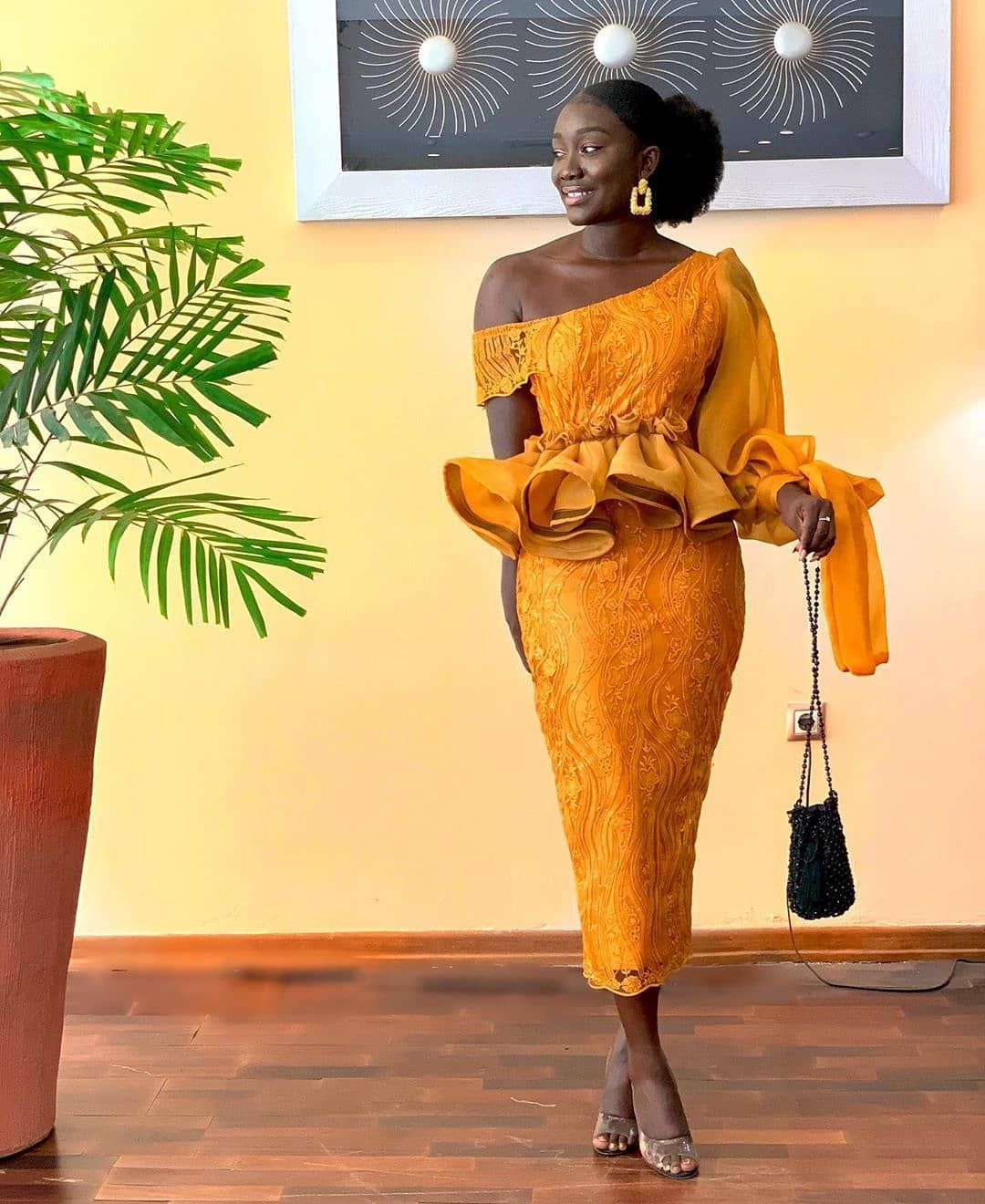 Ms Asoebi On Instagram Wedding Guest Passiboo Tandsoflove I Went To In 2020 African Lace Dresses African Wear Dresses Latest African Fashion Dresses