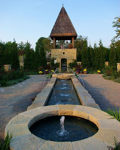 Sunset Visit To Olbrich Botanical >> Fountain And Rose Garden Tower Madison Madison Wisconsin