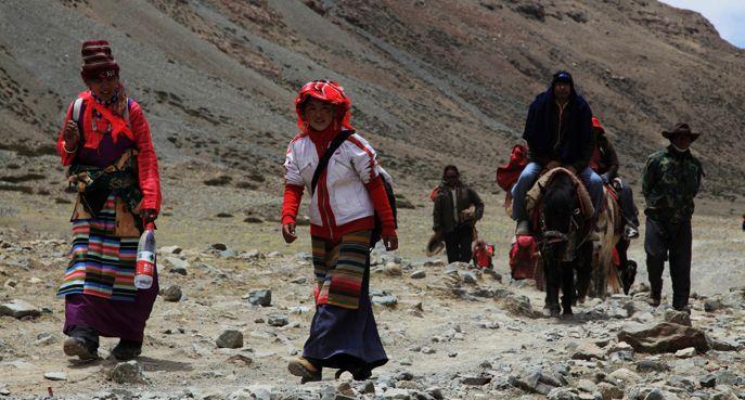 Lernen Sie die Sitten und Gebräuche der tibetischen Region kennen, bevor Sie Ihre Tibet Reise starten.