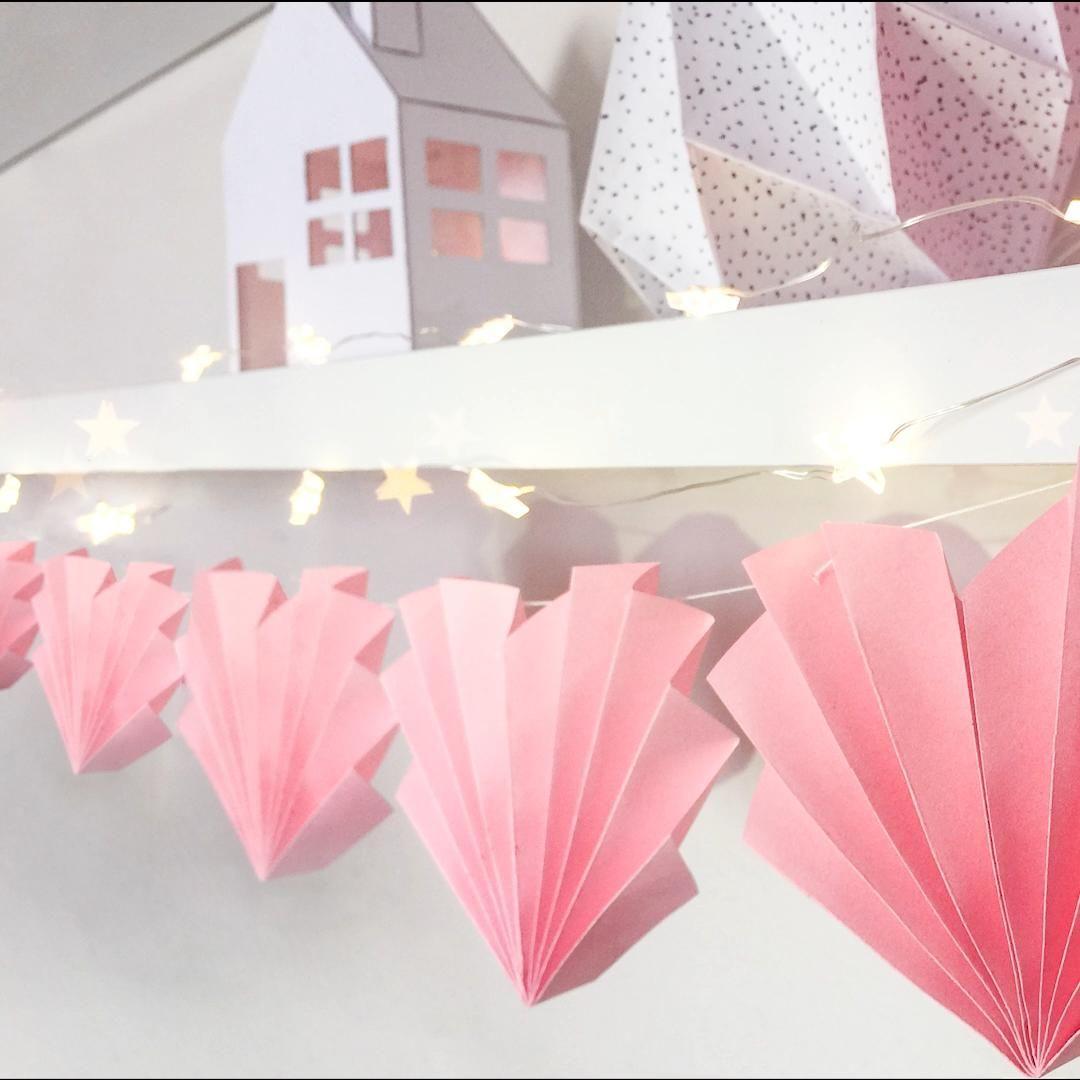 Easy Room Decor Ideas for Girls - Kalp Şeklinde Harika bir Oda Dekoru Yaptım #diy #video #bestoutofwaste #diyroomdecor #recycle #cdart #cdpainting #cdrecycle #cdrecycleideas #cdcrafts #youtube #recycle #roomdecor #homedecor #ledlights #heartgarland #garland #heartdecor #wallhanging #odadekoru #kalpdekor