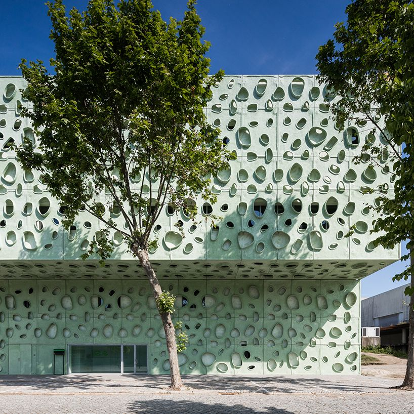cláudio vilarinho builds green university building in portgual