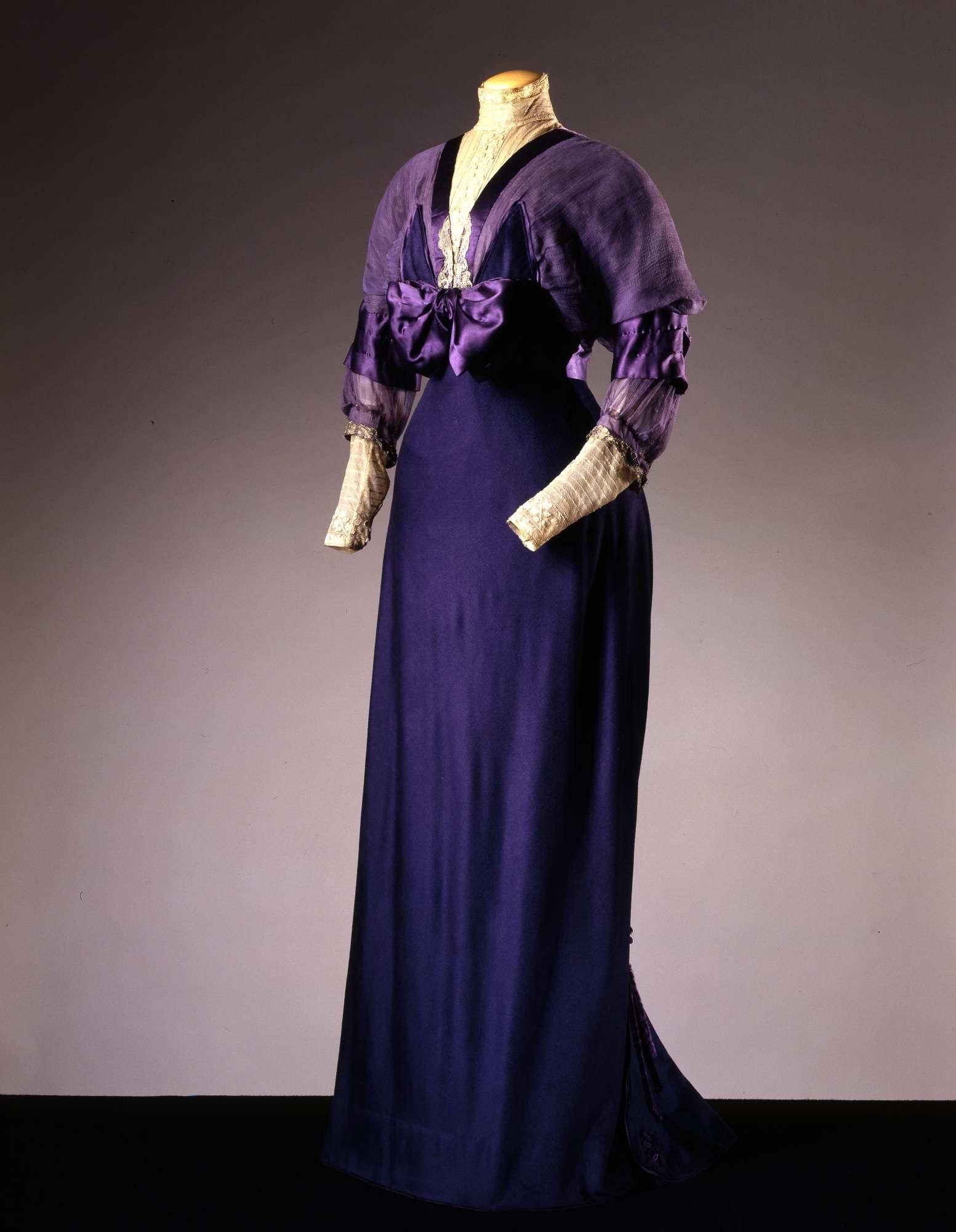 1910, France - Dress by Redfern - Chiffon, lace, satin,silk