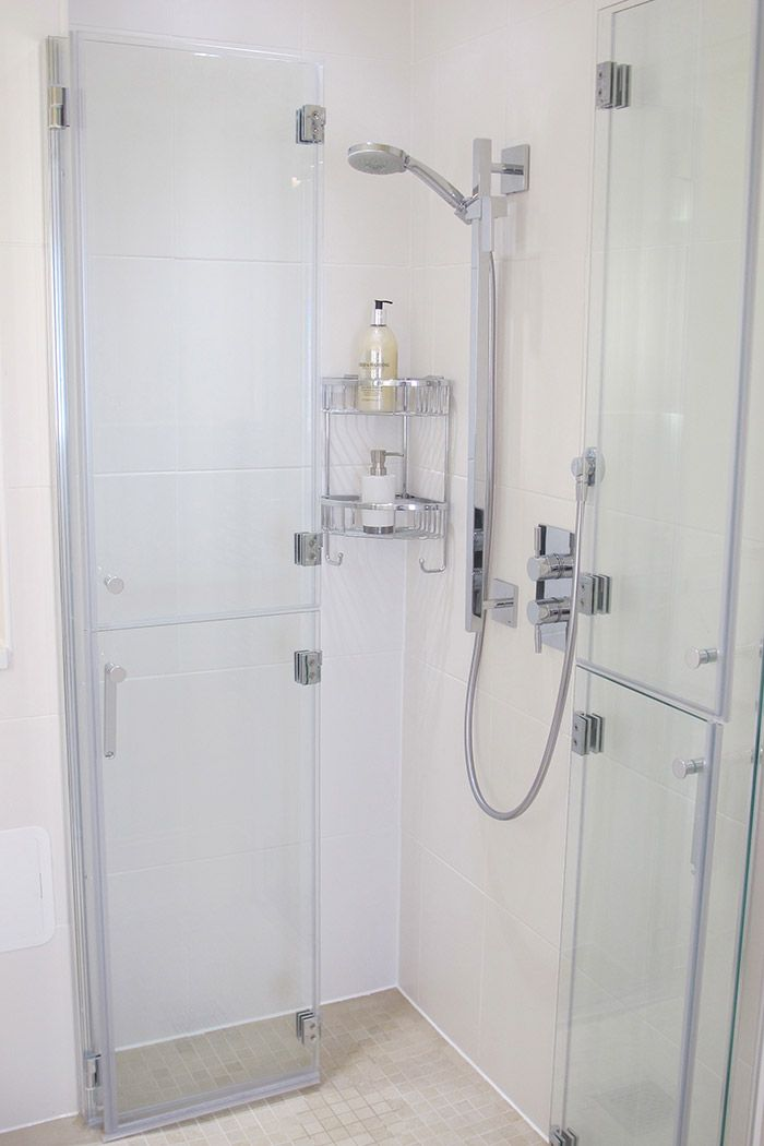 Bi Folding Shower Doors Small Bathroom Shower Doors Restroom