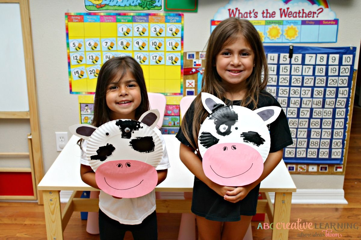 Click Clack Moo Cows That Type Cow Paper Plate Mask  sc 1 th 183 & Click Clack Moo Cows That Type Cow Paper Plate Mask | Paper plate ...