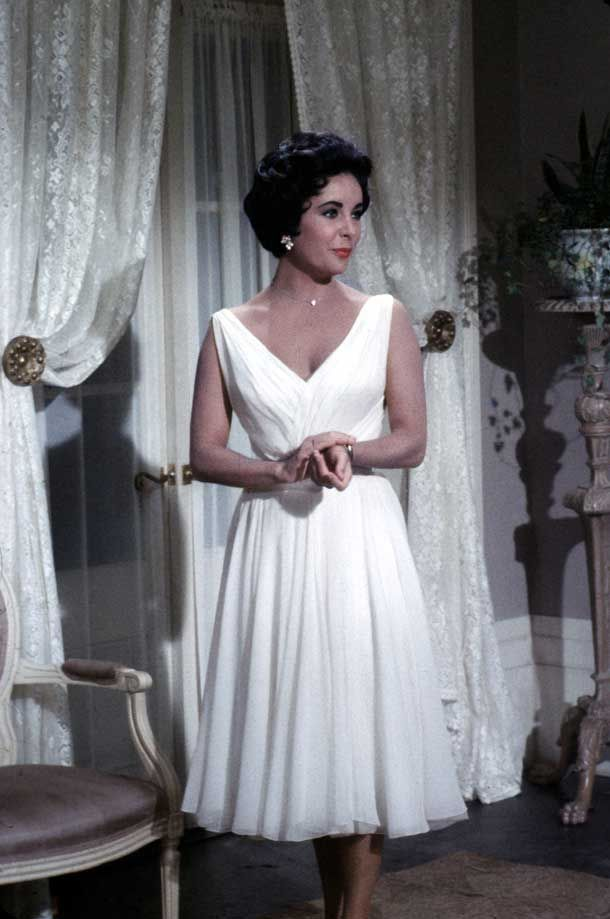 Elizabeth Taylor S Beautiful White Dress From Cat On A Hot Tin Roof