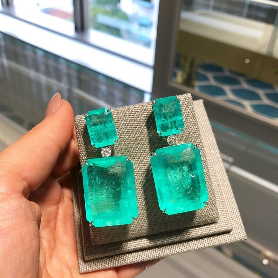 Beatrizwerebe ct emeralds in one lucky pair of ears