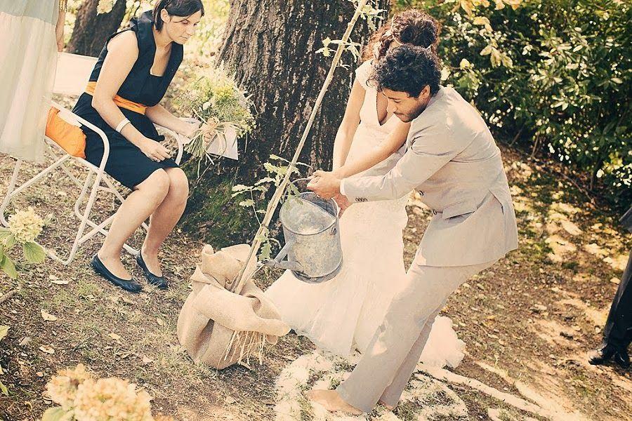 Bride in Italy: Real Wedding | Boho chic, green e... a piedi nudi | AV-Photography