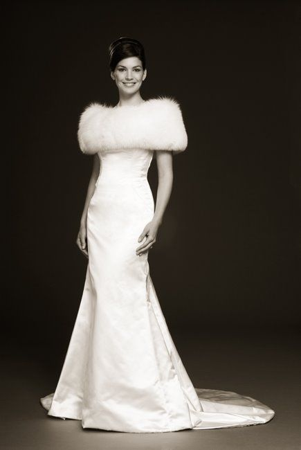 Noble Slim Mermaid Satin Winter Wedding Dress