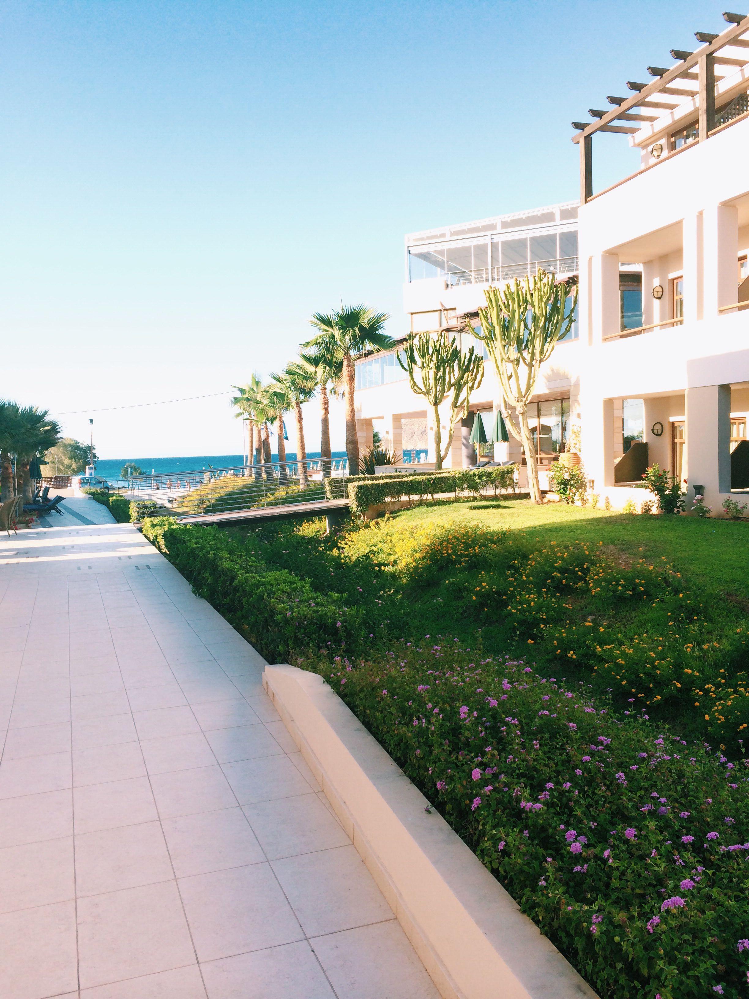 Porto platanias crete