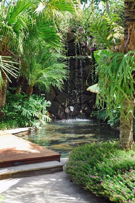 Beautiful And Refreshing Tropical Garden Landscaping Design Ideas 26 Tropical Landscaping Tropical Garden Design Tropical Landscape Design