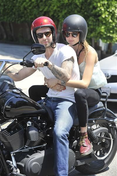 Adam Levine And Behati Prinsloo S Cutest Pda Moments With Images