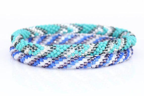 Nepal Roll On Bracelet Set Native Beadwork door LotusSkyCollective
