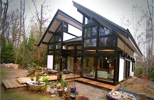 Huf House - from the Channel 4 series | House on Slope | Pinterest ...