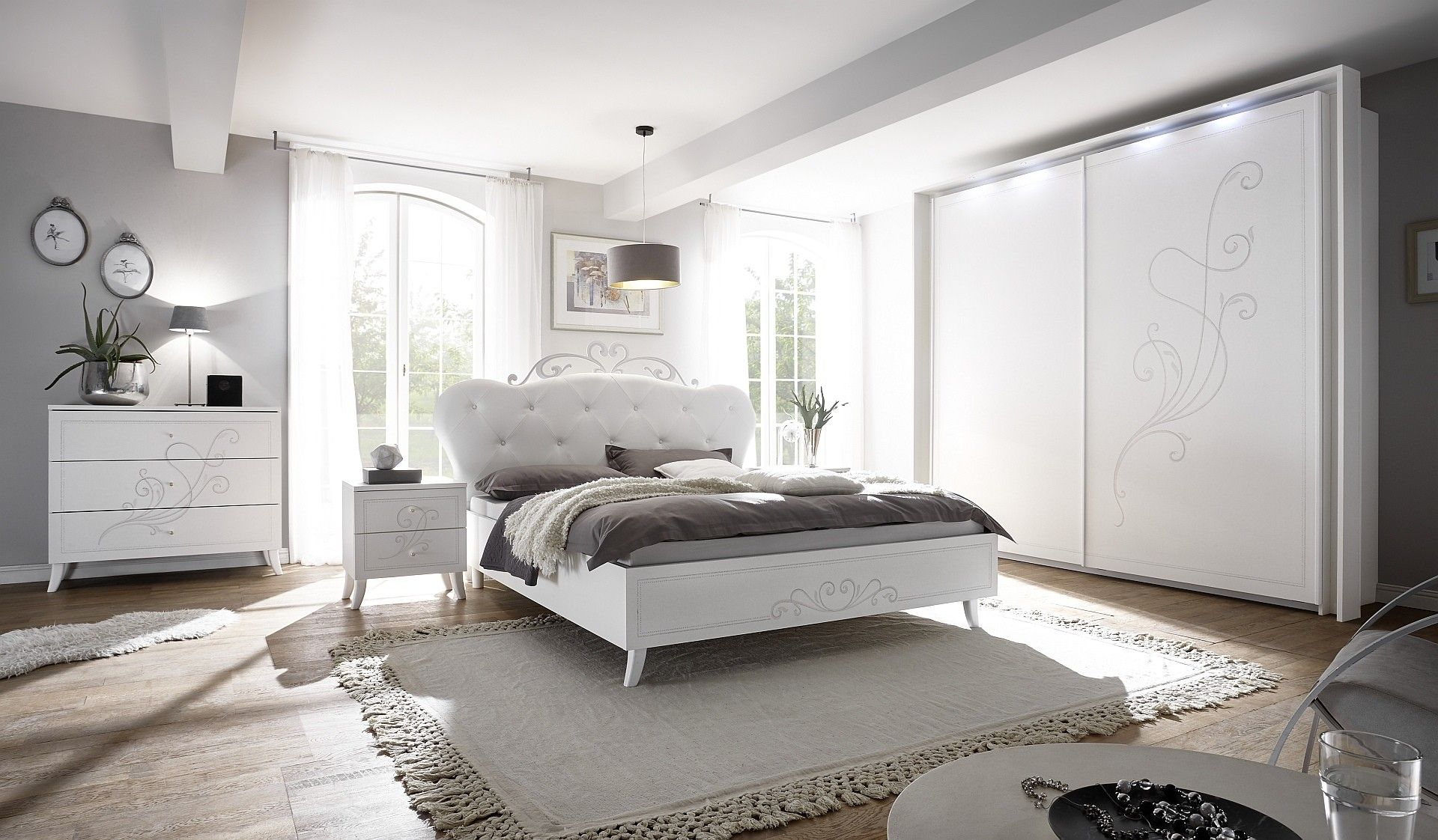Chambre A Coucher Blanc Laque Moderne Queen Avec Images